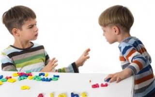 Ребенок 1.5 года дерется что делать. Причины психологического характера. Привлечение внимания окружающих