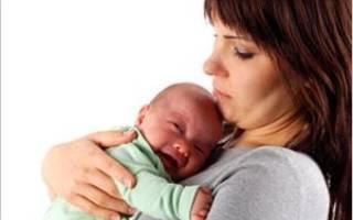 Кормлю грудью болит правая грудь. Причины болей в груди при лактации. Приливы грудного молока в процессе кормления