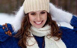 Как сохранить объем волос под шапкой и капюшоном? Как сохранить прическу под шапкой
