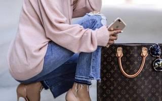 С чем носить коричневую сумку: модные тренды, виды сумок и выбор стиля. С чем носить коричневую сумку, когда цвет и форма определяют образ