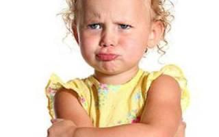 Почему ребенок постоянно истерит. Истерики у ребенка (2 года). Детские истерики: что делать