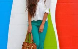 Сочетание цветов бирюза. С чем сочетается бирюзовый цвет в одежде? Маникюр под бирюзовое платье. Монохромные комбинации бирюзового