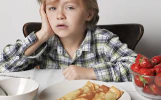 Питание детей во время болезни. Если болеют дети, надо лечить родителей. Что делать, когда ребёнок болеет и постоянно спит