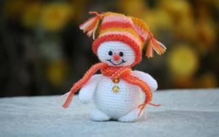 Снеговик крючком схема и описание для новичков. Снеговики вязаные схемы с описанием. Мастер-класс по вязанию снеговика крючком