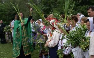 Народные приметы, традиции и обычаи на троицу и духов день. Праздник Святой Троицы — история, поверья, ритуалы